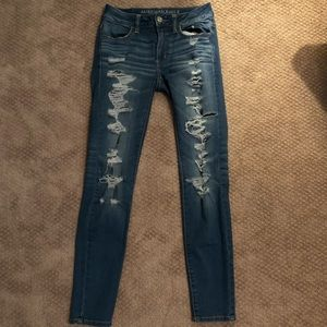 American Eagle Light Wash Ripped Denim Jeans